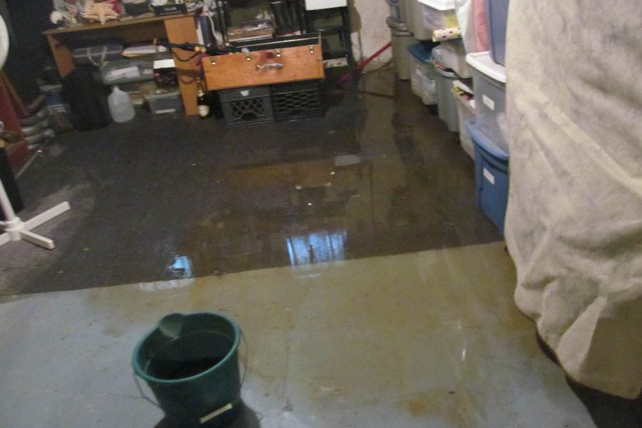 Flooding in resident's basement./Joe Sergi