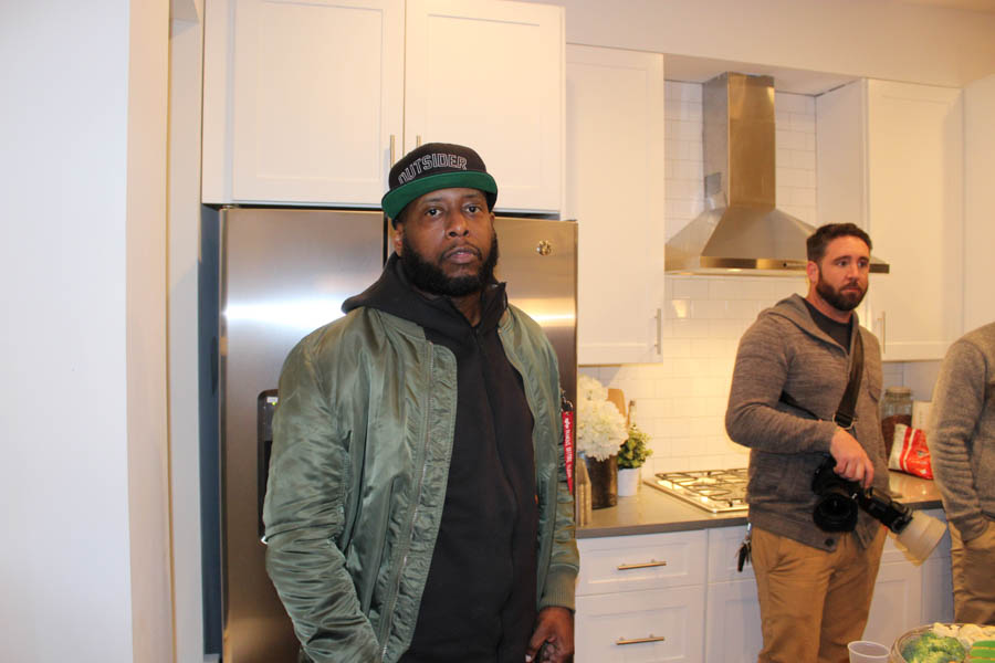 The world-famous Talib Kweli was also hanging out.