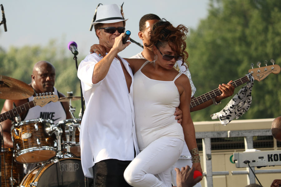 One of the many performers to host the stage during Strawberry Mansion.